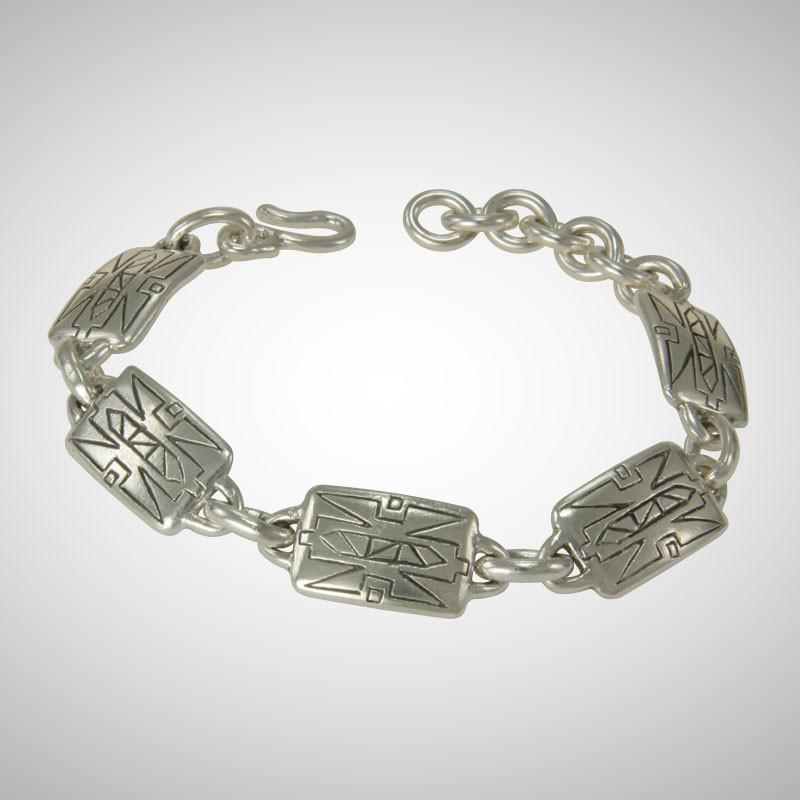 ndu Silver Medium Dogtag Bracelet